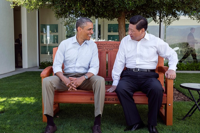 U.S. President Barack Obama and China President Xi Jinpingat the Annenberg Retreat at Sunnylands in Rancho Mirage, Calif., June 8, 2013. (Official White House Photo by Pete Souza)